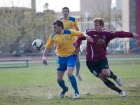 Юрий Мамаев выигрывает борьбу