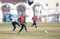 Руслан Корян с мячом