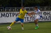 Роман Славнов выигрывает борьбу с защитником