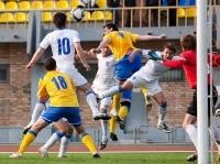 Раде Новкович выигрывает борьбу на втором этаже