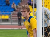 Артем Михеев у штанги своих ворот
