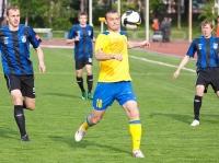Эдуард Мор с мячом