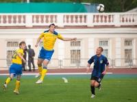 Раде Новкович выбил мяч головой