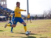 Снова Юрий Роденков с мячом