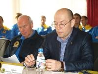 Главный тренер команды Беньяминас Зелькявичюс и директор Анатолий Безняк
